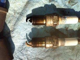 2013-06-22 spark plugs comparison - 4 black 4 white.jpg